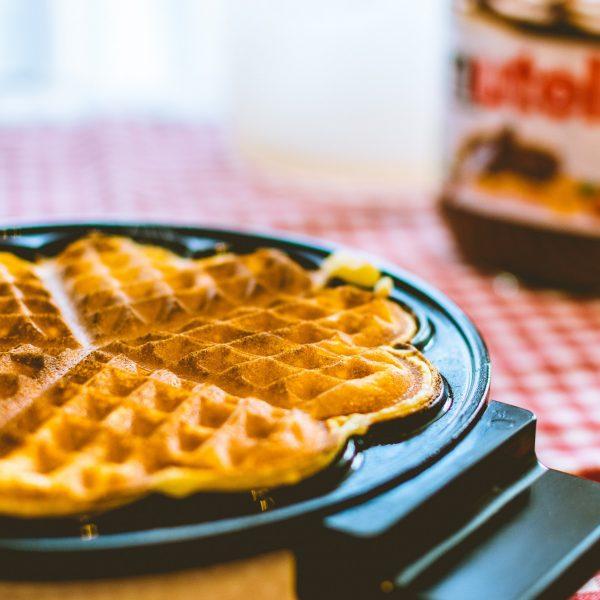 S'mores Stuffed Waffle Sandwich [Recipe]